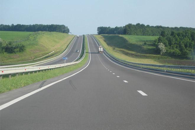 За ремонт 12 км дороги на Херсонщині заплатять ще 98 млн гривень