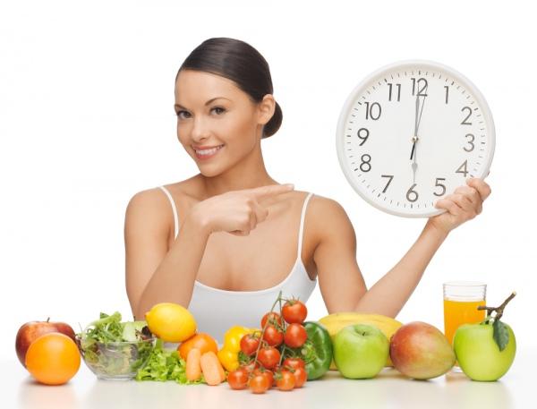 Коли ми часто їмо, схуднути не вдається, каже дієтолог. Причина - постійно високий рівень інсуліну в крові. Фото Syda_Productions/Depositphotos