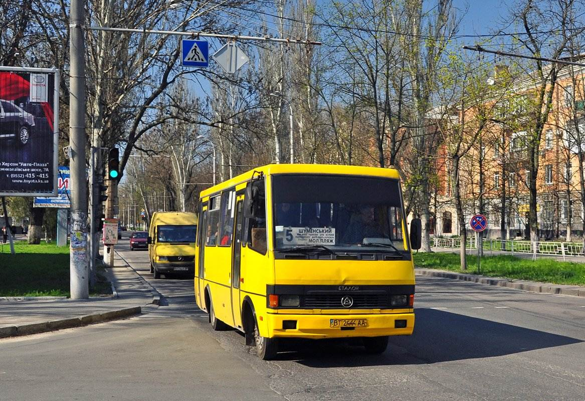 Тарас Букрєєв: Міська влада знехтувала інтересами херсонців